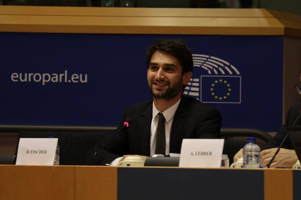 EUJS President addresses European Parliament